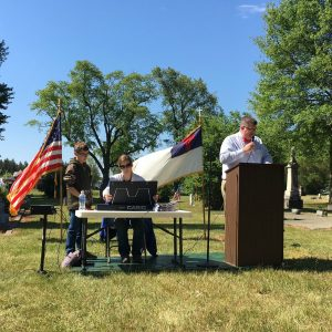 Memorial Day cemetery services, May 29, 2017