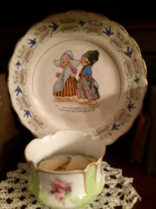 Display of antique dishes.