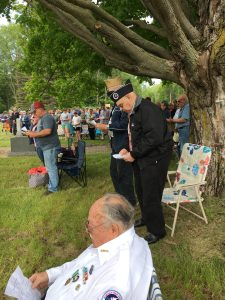 Community sings on Memorial Day.